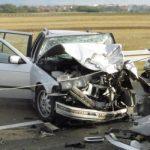 Povređena tri mladića (19) u nesreći kod Rakovice: Jedan hitno prevezen na reanimaciju zbog preloma lobanje