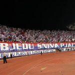 HRVATSKI HULIGANI DIVLJALI U SRBIJI Navijači Hajduka na pumpi pokrali sve živo i ostavili ustaške simbole (FOTO)
