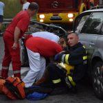 TEŠKA SAOBRAĆAJNA NESREĆA NA PUTU ZAJEČAR-PARAĆIN: Muškarac poginuo na mestu, dete preminulo u bolnici, lekari se bore da spasu DVOJE DECE