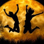 Pogledajte kako će pun mesec u septembru uticati na vaš ljubavni život narednih nedelja