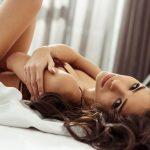 TRI najpopularnije FANTAZIJE o kojima žene maštaju u SEKSU! Da li je isti slučaj i sa vama?