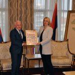Predsjednica Cvijanović razgovarala sa predsjednikom Odbora za pomoć Srbima na Kosovu i Metohiji Miloradom Arlovom