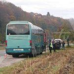 Policija iz autobusa izvela 12 migranata FOTO