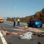 Strašna saobraćajna nesreća: Dvije osobe poginule, jedna povrijeđena VIDEO