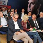ISTRAŽUJEMO Ko je odgovoran za PROPAST najveće opozicione stranke