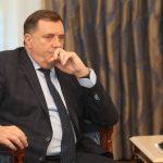"""""""25. NOVEMBAR NIJE DRŽAVNI PRAZNIK"""" Dodik smatra ispravnom odluku da nema potrebe za postrojavanjem počasnog voda"""