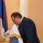 """""""SVE ĆU VAS ZAPALITI"""" Dodiku PRIJEĆENO SMRĆU zbog zastave Republike Srpske u Predsjedništvu BiH"""