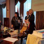 Torta, ruže i prigodani pokloni: Ministri se zahvalili premijerki Željki Cvijanović VIDEO