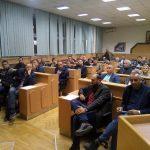 ZVORNIČKI SDS OKRENUO LEĐA RUKOVODSTVU STRANKE Traže ostavku Govedarice i pregovore sa vladajućom koalicijom