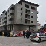Migranti zapalili vatru, oštećena dva automobila na Dobrinji
