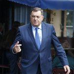 Lično obezbjeđenje Dodika ušlo s njim u zgradu Predsjedništva