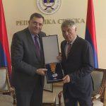 Dodik odlikovao Lazanskog Ordenom časti sa srebrnim zracima (FOTO)