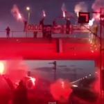 GORI PRIJEDOR: Navijači Srbije na spektakularan način proslavili Dan Republike Srpske