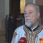 Jutarnje božićno bogosluženje i sveta liturgija obavljena u svim hramovima prijedorskog namjesništva (VIDEO)