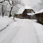 Snijeg je i na području Prijedora FOTO