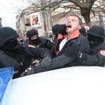 NOVI IZVJEŠTAJ Policija Stanivukovića sumnjiči da je tokom nereda u Banjaluci OŠTETIO VOZILO MUP RS