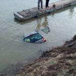 NESREĆA U BRČKOM Automobil sletio u rijeku Savu, nema povrijeđenih