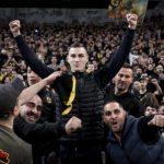 Vranješ se priključio navijačima AEK-a i vodio navijanje protiv PAOK-a VIDEO