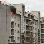 Herojski podvig policajaca u Istočnom Sarajevu: Iz zapaljenog stana SPASLI DVOJE DJECE (VIDEO)
