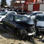 Teška saobraćajna nesreća: Dijelovi auta letjeli 60 metara! FOTO VIDEO