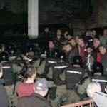 Policija istjeruje demonstrante: Đilas i Obradović pregovaraju sa upravom RTS-a
