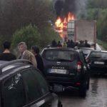 Stravičan sudar autobusa i kamiona, četvoro poginulih
