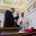 Dodik se sastao sa papom Franjom (FOTO i VIDEO)