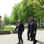 """""""NE POSTOJI TEŽA SITUACIJA"""" Ćulum posjetio porodicu ubijenog policajca u Prijedoru (FOTO)"""
