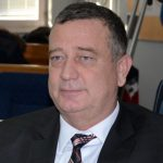 POLITIČKA PARANOJA Hit dana Milan Tubin