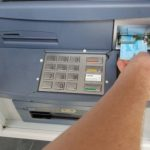 Sa bankomata podigao tuđi novac