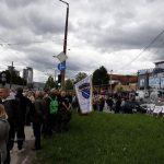 Održan protest ispred zgrade VSTS uz ratne zastave tzv. Armije BiH (FOTO i VIDEO)