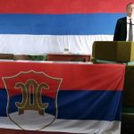 Zvižduci, galama i privatno obezbjeđenje na Izbornoj skupštini prijedorskog SDS-a (VIDEO)