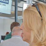 MOŽE I BEZ LUKSUZA Predsjednica Željka Cvijanović putuje kao i SAV OSTALI SVIJET (FOTO)