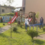 """Donacijom humanitarca Svete Marića u dvorištu Centra """"Sunce"""" izgrađeno igralište (VIDEO)"""
