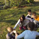 Igranje, skakutanje, dobar san i nestašluci su ključni za razvoj zdravog djeteta