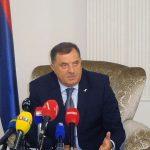 """""""NE ZANIMAJU ME NJEGOVI OSJEĆAJI"""" Dodik poručio da se slaže sa stavom Tačija da NE DOĐE"""