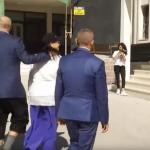SKANDAL! Premijer Albanije izašao na glasanje VULGARNO obučen! (ŠOK FOTO i VIDEO)