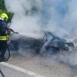 U požaru potpuno izgorio automobil (FOTO)