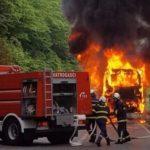 Kod Konjica potpuno izgorio autobus iz Vukovara FOTO