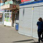 Prve fotografije Kosovske Mitrovice poslije zatvaranja svih radnji (FOTO)