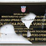 Klasnić: Smetaju im Srbi, a ne pismo