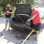"""DJELO LJUBOMORNOG MUŽA Vlasnik """"maseratija"""" tvrdi da zna ko je uništio auto (VIDEO)"""