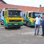 Danci donirali prijedorskom preduzeću dva kamiona za odvoz smeća