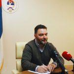 Košarac: Tragikomičan način na koji se Šarović nepristojno nudi SDA