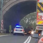 """ZASTOJ U SAOBRAĆAJU """"Škodom"""" udario u zid tunela, ima povrijeđenih"""