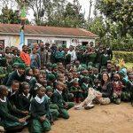 INTERNET VRIŠTI Naježićete se kad čujete kako djeca iz Tanzanije PJEVAJU NA SRPSKOM (VIDEO)