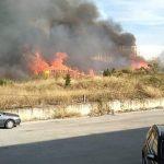 MJEŠTANI U PANICI Veliki požar u Splitu, odjekuju i detonacije (VIDEO, FOTO)
