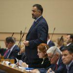 """PROTEST OPOZICIJE POLITIČKA FARSA"" Klub SNSD tvrdi da ne postoji šansa da struja poskupi"