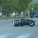 TEŠKA NESREĆA U BANJALUCI Vozač motora preminuo nakon sudara sa automobilom