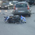 SUDAR AUTOMOBILA I MOTORA Teško povrijeđen motociklista iz Mađarske
